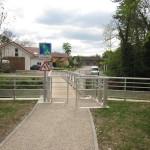 Versonnex: nouvelle passerelle pour piétons et cycles sur l'Oudar